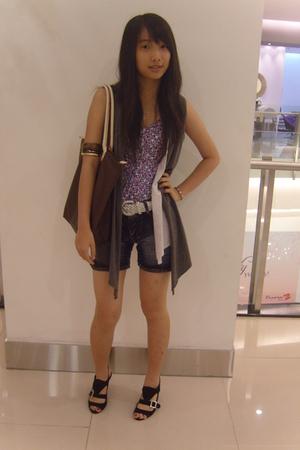 top - belt - China shorts - zyan shoes shoes - Brella Shop vest - unbranded brac