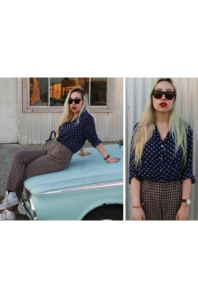 polka-dots vintage blouse - Burberry sunglasses - plaid moms vintage pants