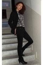black NewYorker shoes - black jeans - black NewYorker blazer - blue NewYorker sh