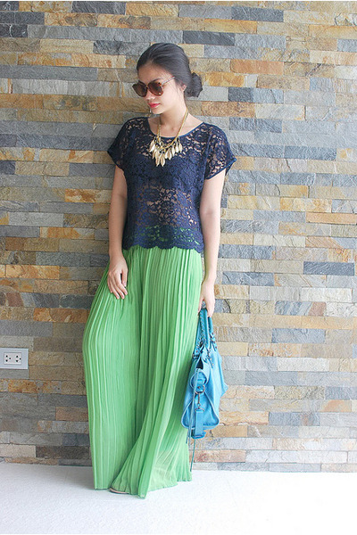 navy lace Luscious Closet blouse