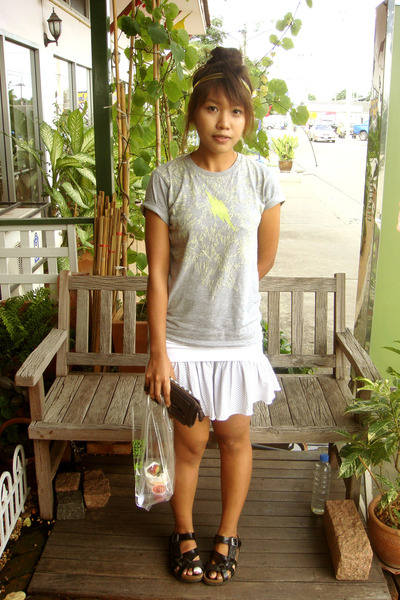 Forever21 accessories - Uniqlo t-shirt - energie skirt - Betula accessories