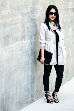 camel puffy trench H&M coat - black Zara t-shirt - black Zara pants
