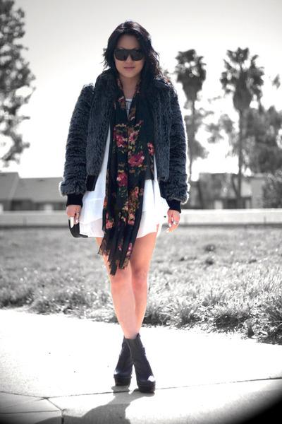 hot pink floral H&M scarf - black brisbane Jeffrey Campbell boots