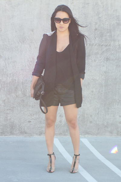black Alexander Wang shoes - black Zara blazer - black free people shorts