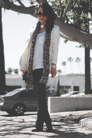 white H&amp;M blazer - black Giuseppe Zanotti boots