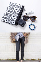 GEOMETRIC PRISM CLUTCH (MORE COLORS)