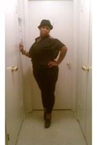 hat - blouse - wedges