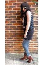 vintage vest - new look vest - H&M jeans - H&M boots