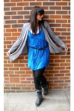 Primark sweater - Zara dress - Topshop leggings - Cant remember boots