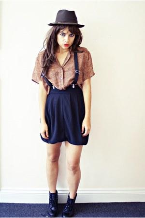 H&M boots - H&M skirt - vintage blouse