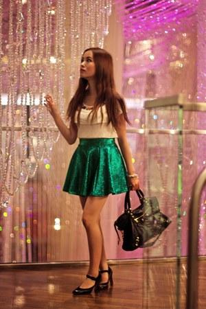 green circle Victorielle shirt - Alice  Olivia shirt - balenciaga bag