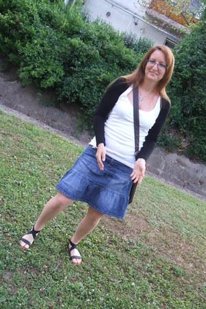 top - skirt - sandals