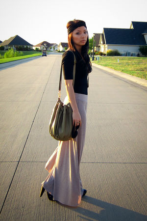 Beige Maxi Skirt - How to Wear and Where to Buy | Chictopia