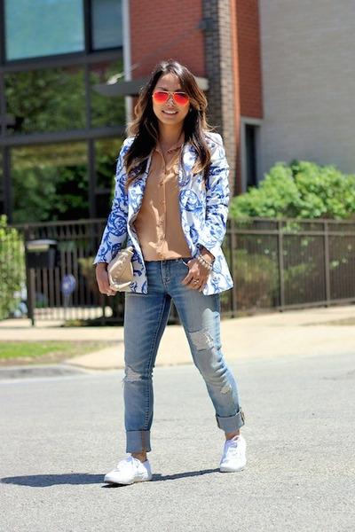 Zara blazer - boyfriend Gap jeans - Ray Ban sunglasses