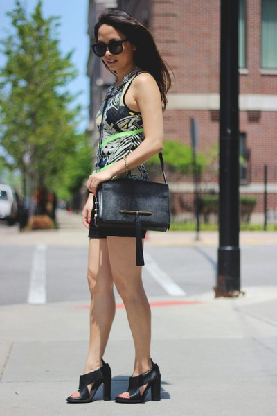 black sandals Alexander Wang shoes - black brian atwood bag - black Zara shorts