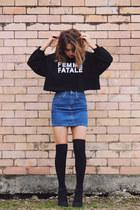navy Ziggy Denim skirt - black cropped Pixie Market sweatshirt