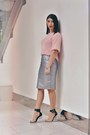 Light-pink-boohoo-sweater-silver-boohoo-skirt