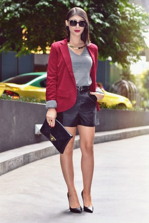 black asos shorts - charcoal gray Target sweater - crimson Boohoo blazer