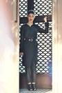 Black-portmans-shirt-black-sammydress-bag-black-forever-21-wedges