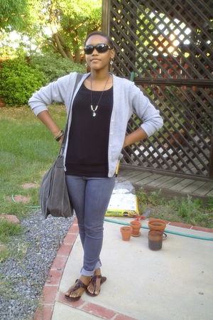 gray jeans - brown Mossimo supply company shoes - black shirt - gray purse