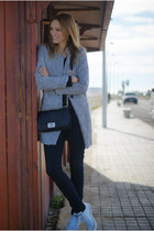 Romwecom jacket - Zara jeans - Converse sneakers