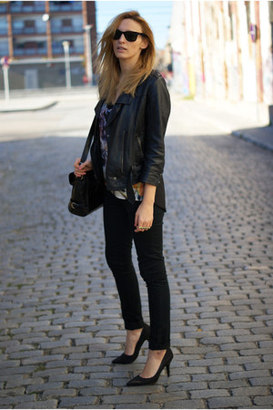 H&M jeans - Romwecom shirt - OASAP bag - Nine West heels