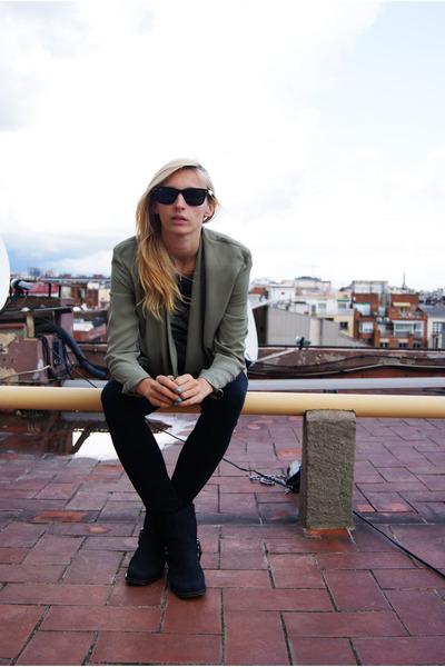 H&M blazer - Nelly boots - Zara pants