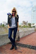 Zara jacket - Topshop boots - Topshop jeans - Oysho shirt - Topshop scarf
