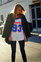 Romwecom coat - Topshop jeans - chicnova shirt