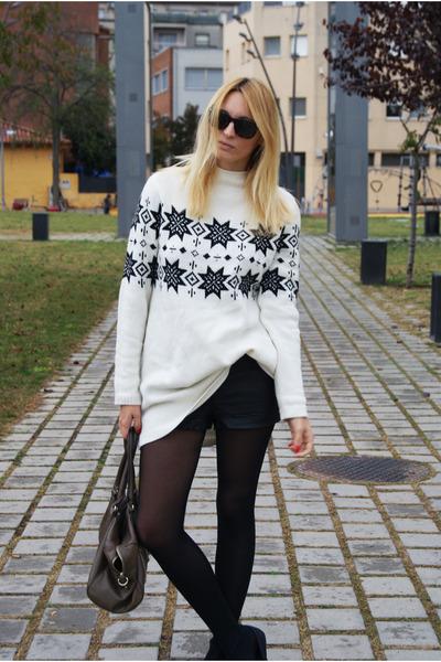 H&M jumper - H&M shorts