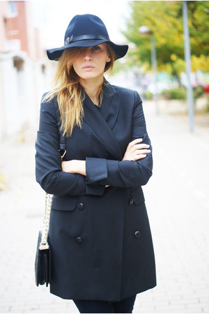 Front Row Shop hat - Topshop blazer