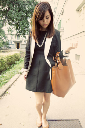 Zara dress - H&M blazer - Zara bag - Forever 21 necklace