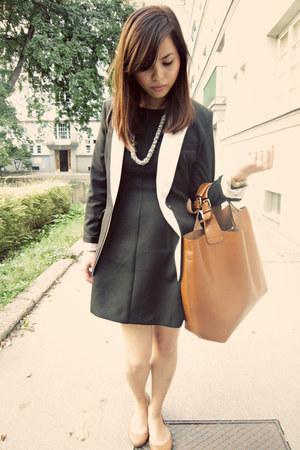 Zara dress - H&M blazer - Zara bag - Forever 21 necklace