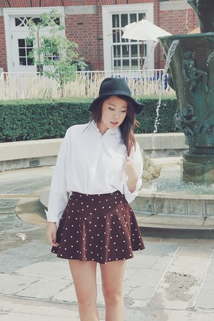brown Dear 72 skirt - black Dear 72 hat - white Dear 72 blouse