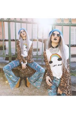 Daniel Wellington watch - Black Milk Clothing pants - Freyrs glasses
