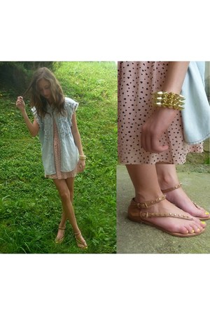 gold ilokopl bracelet - bubble gum H&M dress - bronze Zara sandals