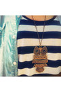 Bronze-owl-necklace-light-blue-denim-mirrorcle-shirt