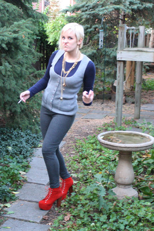 red litas Jeffery Campbell heels - gray stretchy Express leggings