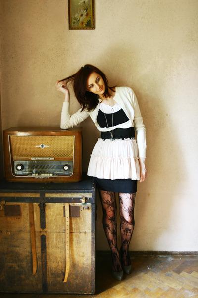 black thrifted dress - black Terranova stockings - light pink thrifted skirt - b