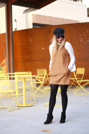 bell sleeve Rosegal blouse - faux suede Rue 21 dress - black newsboy Rue 21 hat