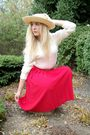 Beige-hat-red-skirt-beige-sweater