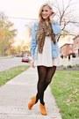 Lace-dress