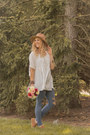 Moccasins-bearpaw-shoes-tan-rosegal-hat-white-swing-dresslily-top
