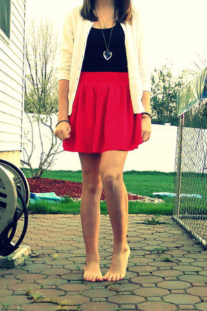 pink Forever21 skirt - black PacSun shirt - white Old Navyl sweater