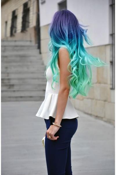 aquamarine hat