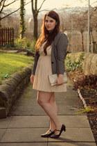 gray thrifted blazer - eggshell Vero Moda dress