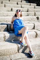 blue Melissa Odabash bodysuit - white Linda Farrow sunglasses - Vans sneakers