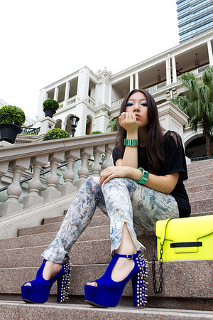 black lace Zara top - yellow neon Werelse x Mango Touch bag