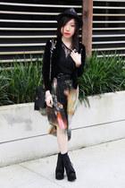 galaxy print random brand skirt - lace Zara top