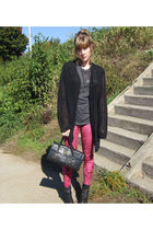 pink with hearts in my eyes leggings - black Hanes t-shirt - black vintage cardi